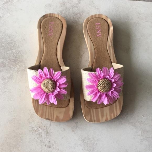 8312607a877d Flower sandals - 9